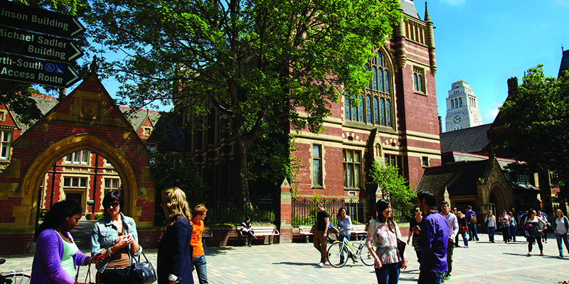 Top ten place for Leeds in Guardian University Guide