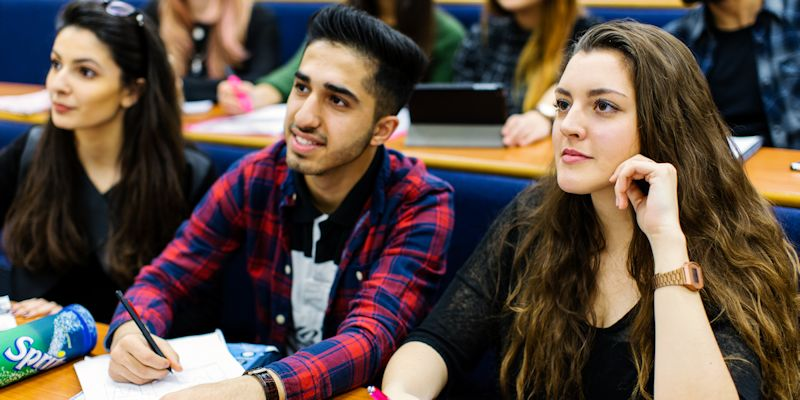 Impressive student satisfaction scores for the Faculty of Engineering