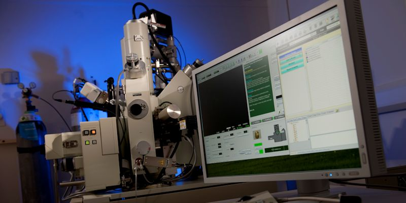 Leeds Electronic Microscopy and Spectroscopy Centre