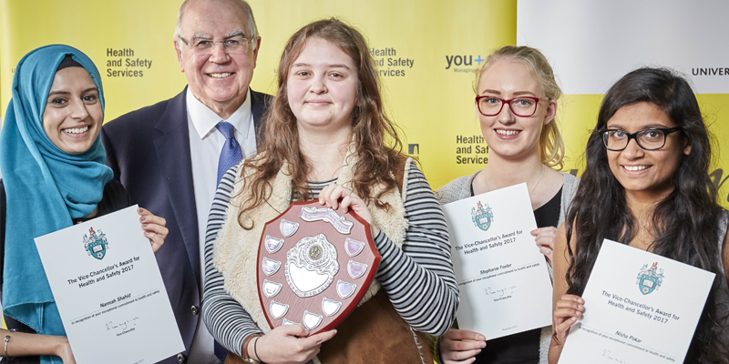 Chemistry Student SHE Committee wins Vice-Chancellor's award