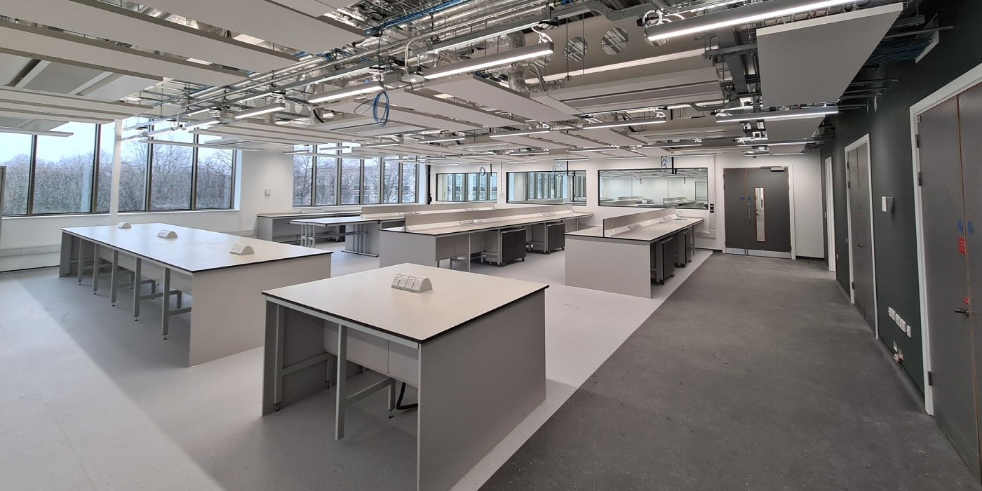 A brand new physics teaching laboratory in the Sir William Henry Bragg Building