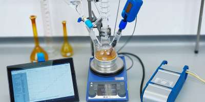 Laboratory equipment set up with DeepMatter technology